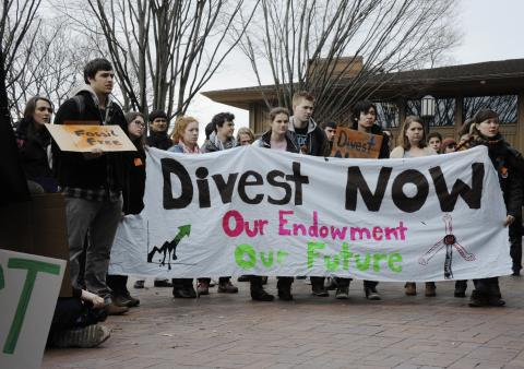 Fossil fuel divestment demonstration at Tufts University, March 4, 2013